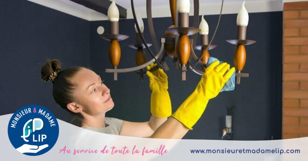 Ménage lampe et salon